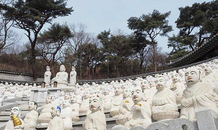 วัดโบมุนซา ประเทศเกาหลีใต้ วัดพันปีแห่งความศรัทธาของพุทธศาสนาบนเกาะซอกโมโด